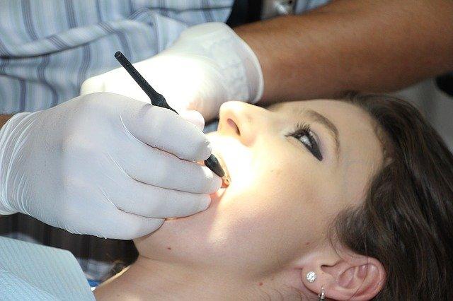 Rien ne vaut un dentiste pour régler vos problèmes de dents